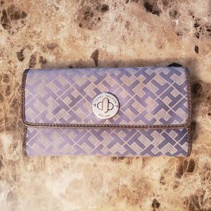 Tommy Hilfiger Ladies Wallet